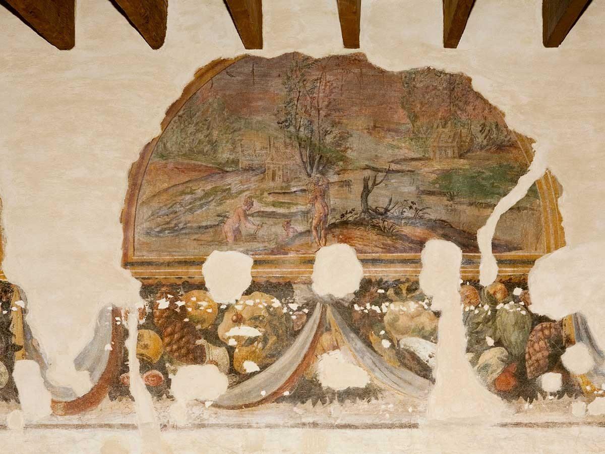 Casa-di-Gasparo-Scaruffi-affreschi-secolo-XVI2_1