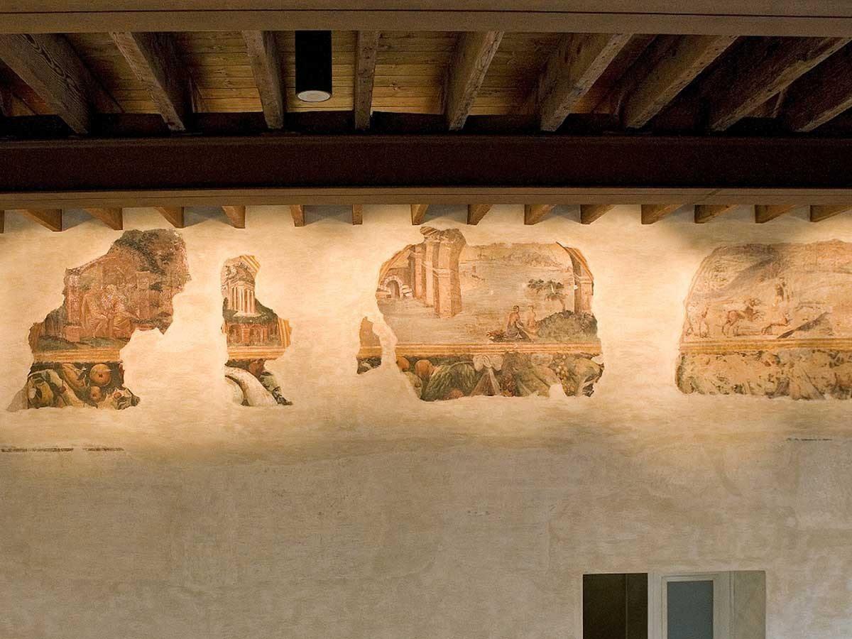 Casa-di-Gasparo-Scaruffi-affreschi-secolo-XVI7_1