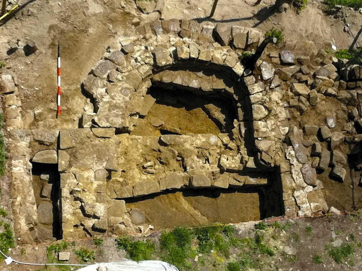 Casina-Castello-Sarzano-scavi-archeologici-2_1