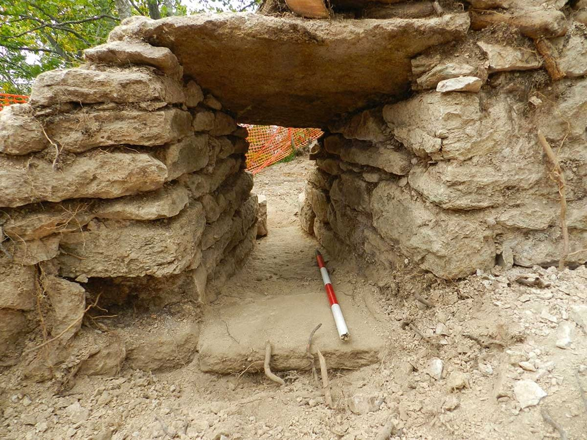 Castelnovo-Monti-Pietra-Bismantova-scavi-archeologici-2_1