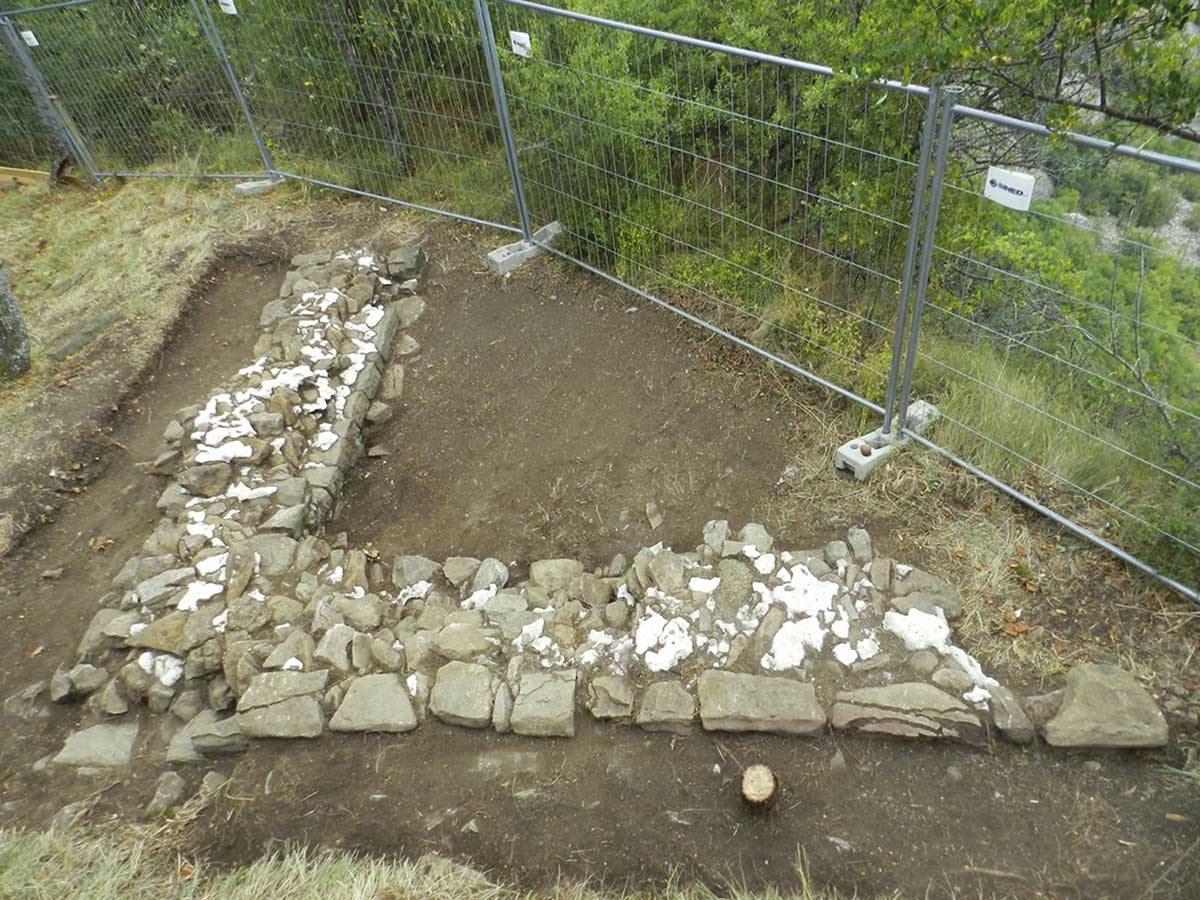 Castelnovo-Monti-Pietra-Bismantova-scavi-archeologici-4_1