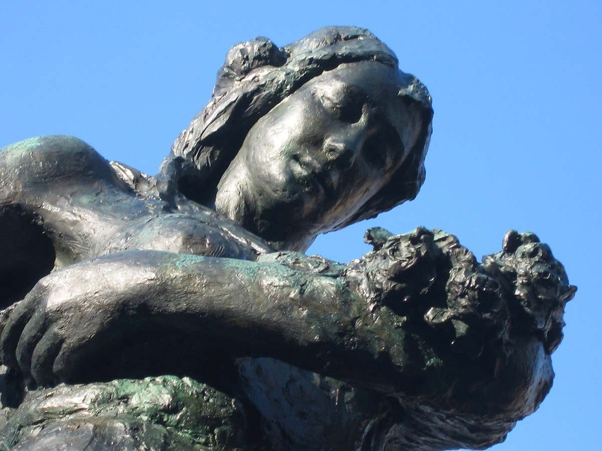Sermide-monumento-ai-caduti-di-Callegari-principale_1