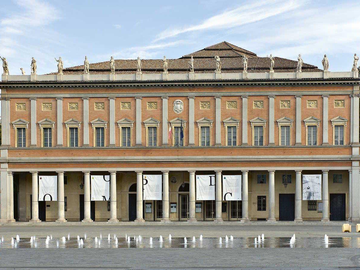 Teatro-municipale-valli-reggio-emilia-principale_1