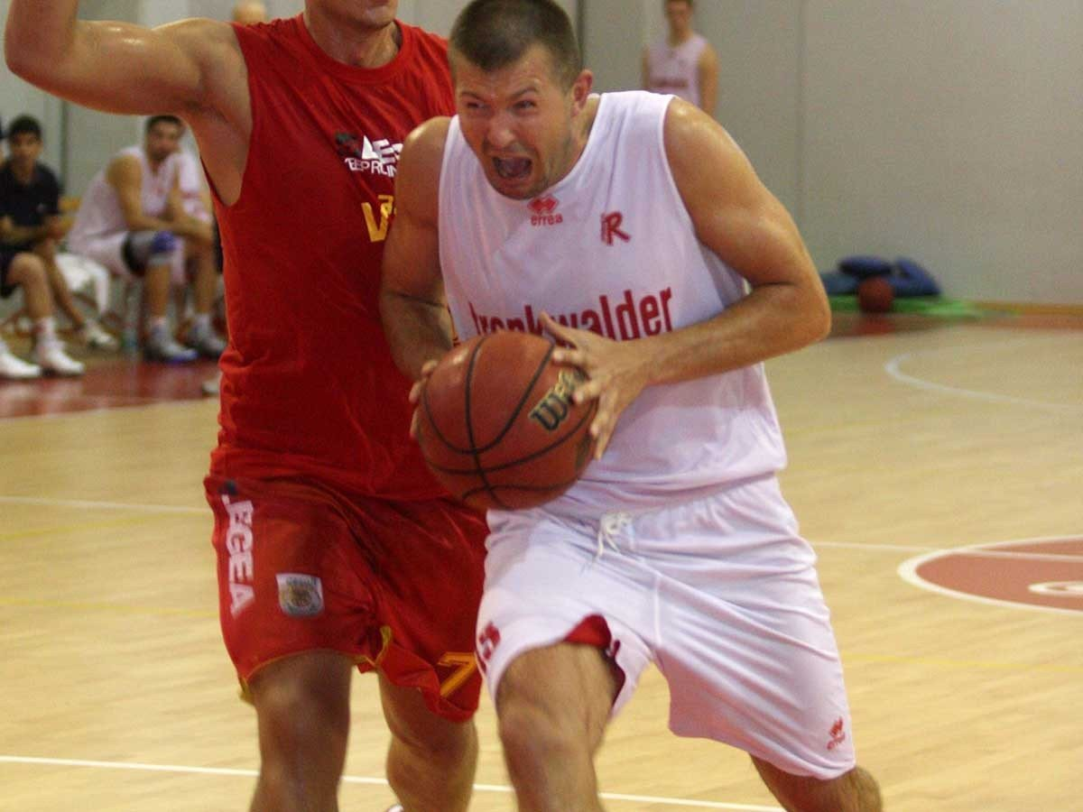 pallacanestro-reggiana-slanina2_1